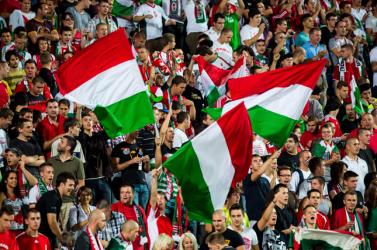 Október 26-án tüntetni fognak a magyar fociszurkolók