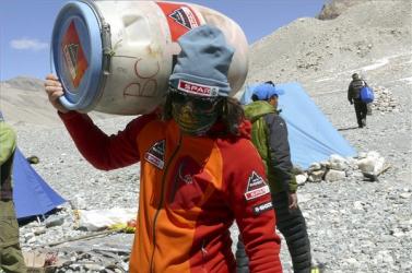 Everest-expedíció - Elérte az alaptábort Klein Dávid