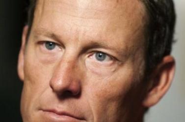 Független bíróság előtt akar vallani a doppingról Lance Armstrong