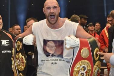 Doppinggyanúba keveredett a profi nehézsúlyú világbajnok bokszoló