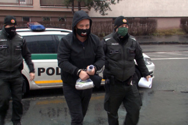 Elítélték a szlovák kocsmárost, aki lockdown alatt is tiszta erőből nyitva tartott!