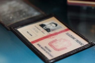 Elvenné a volt kommunista nagykutyák kiemelt nyugdíját az állam – csökkenhet az 1989-es csehszlovák miniszterelnök, Marián Čalfa nyugdíja is