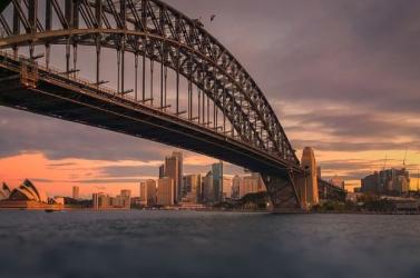 Sydney kikötőjét kajakosok tisztítják meg a szeméttől