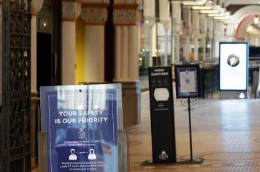 A növekvő esetszámok miatt tovább szigorítanaka korlátozásokon Sydneyben