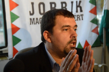 SaS: Szávay miatt a Smer ismét építhet a magyar kártyára