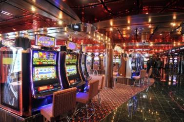 A csehek imádják a szerencsejátékokat - tavaly rekordösszeget öltek bele
