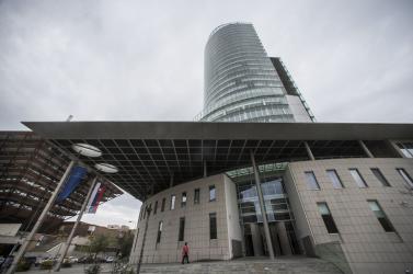 Gyorshír: Két számjegyű lesz idén a gazdasági visszaesés, jövőre gyors növekedést vár a nemzeti bank