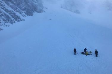 400 métert zuhant a szlovák turista, helikopterrel szállították kórházba
