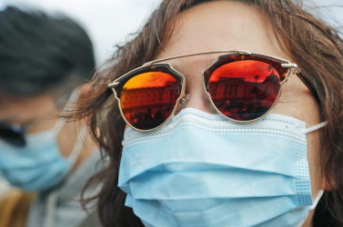 Enyhítettek a maszkviselés szabályain a kínai hatóságok