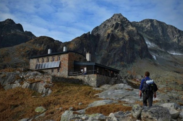 Kétszer is szükség volt alégimentőkre vasárnap aMagas-Tátrában, aszlovák turista nem élte túl a sziklaomlást