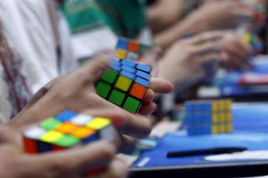 Megfejtették a Rubik-kocka titkát