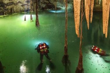 Ősmaradványokat és maja szentélyt rejt a világ legnagyobb víz alatti barlangrendszere