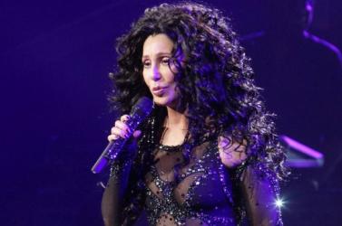 Cher ABBA-dalokból készít lemezt