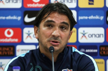 Zlatko Dalic marad a vb-ezüstérmes horvát fociválogatott szövetségi kapitánya
