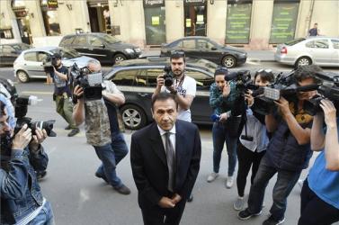 Fenyő-gyilkosság - Lakhelyelhagyási tilalmat rendeltek el Gyárfás Tamás ellen