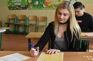 Záróvizsga lenne a Tesztelés 9 az alapiskolán, a magyar nyelv csak tévedésből eshetett ki, és a nemzetiségi iskolát is meghatároznák a közoktatási törvényben