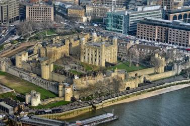 Létszámleépítés vár a londoni Tower őreire a turisták távolmaradása miatt