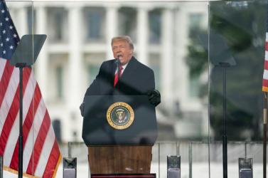 Az amerikai képviselőház megszavazta Trump felmentését célzó eljárás megindítását