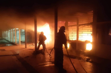 Hatalmas tűz pusztított el több tucat épületet Lengyelországban