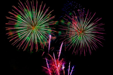 A tömeges tiltakozás ellenére megrendezik az újévi tűzijátékot Sydneyben