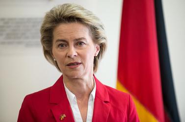 Šefčovič már nem tényező, a német védelmi miniszter lesz az EU-s befutó