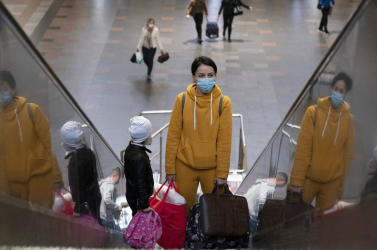 Május közepétől engedélyezhetik a külföldi kirándulásokat