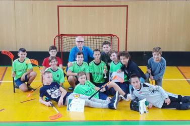 Floorball: Büntetőkkel győzött a Vámbéry Ármin Alapiskola csapata