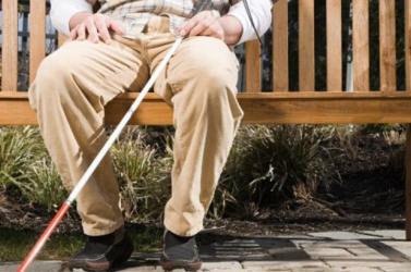 Észmegáll: visszanyerte látását egy vak férfi, miután elgázolta egy autó