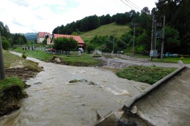 Az áradások miatt rendkívüli helyzetet hirdettek Bélapatakán