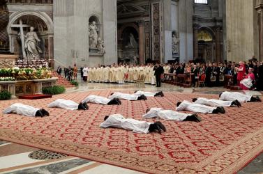 Bombahír: az ősrobbanásról tanácskoznak a Vatikánban