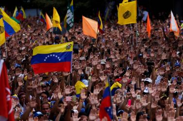 VENEZUELA: Maduro puccsot emleget, megszakította a diplomáciai kapcsolatokat az USA-val!