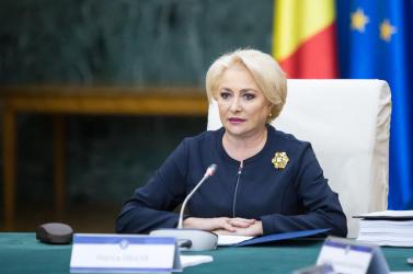 Román kormányválság - Összegyűltek a bizalmatlansági indítványhoz szükséges aláírások