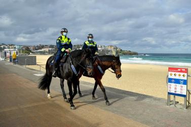 Négy héttel meghosszabbították a korlátozásokat Sydneyben