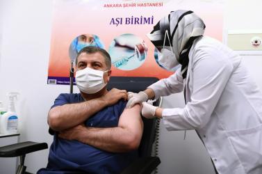 Törökországban egymillióembert oltottak be a kínai vakcinával