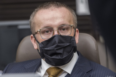 Vizsgálati fogságba akarják helyezni a szlovák titkosszolgálat igazgatóját!