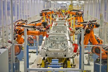 Az autógyártás szenvedheti meg a leginkább a koronavírus-járványt az iparban