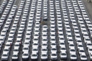 Nőtt, de még nem érte el a válság előttit a forgalomba helyezett új autók száma májusban az EU-ban
