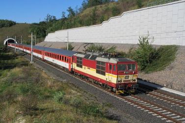 Párkány- Pozsony vonalon utazna EuroCityvel? Komoly késésre számíthat!