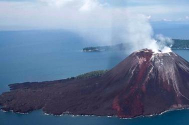 Először sikerült feltérképezni az Anak Krakatau vulkán víz alá került részeit