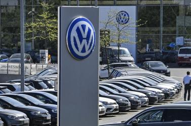 A Volkswagen nem fogja tudni teljesíteni az emissziós normát, milliárdos bírság lehet a vége