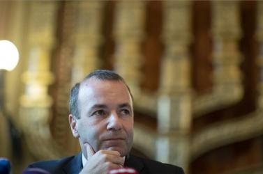 Ami a Fideszt illeti, még minden lehetőség nyitva áll
