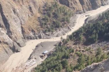 Gleccserszakadás történt Észak-Indiában, sokan eltűntek (VIDEÓ)