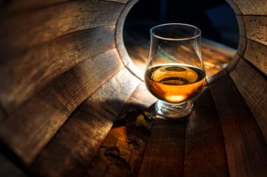 Hackertámadás meghiúsította a világ legnagyobb whisky-magángyűjteményének elárverezését