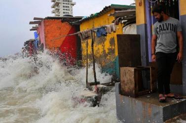 Indiában mintegy 4,5 millió embert érint a monszunesők keltette árvíz