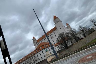 SZÉLVIHAR: Danko zászlórúdjának is annyi... (FOTÓ)