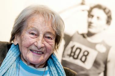 Elhunyt Dana Zátopková olimpiai bajnok gerelyhajító