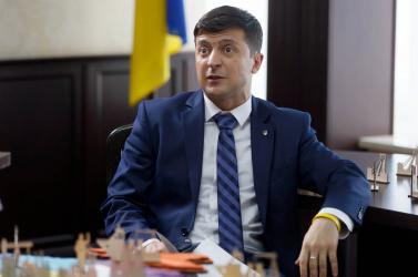 Zelenszkij bevonná az Egyesült Államokat és Nagy-Britanniát a kelet-ukrajnai válság rendezésébe