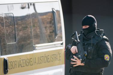 Zoroslav Kollár illegális cigivel való kereskedelem miatt is benne van a slamasztikában
