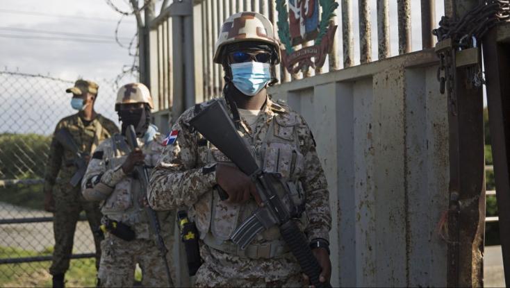 A haiti rendőrség tűzharcba keveredett Jovenel Moise elnök feltételezett gyilkosaival