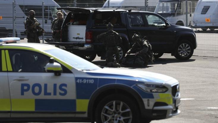 Túszokat ejtettek rabok egy svéd börtönben